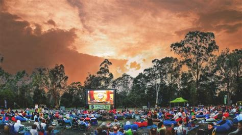 7 Things To Do In Canberra This Weekend November 17 19 2017 Sunset Cinema Botanic Gardens
