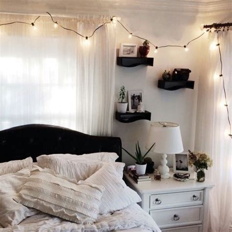 vintage things for bedrooms bed organize girly things light vintage bedrooms