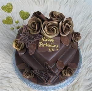 Chocolate Roses Cake
