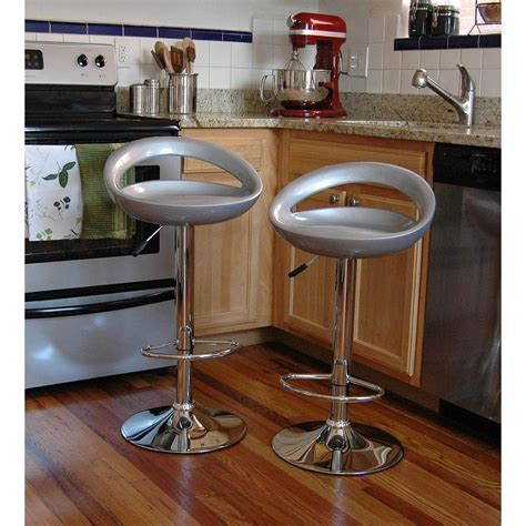 Vintage Chrome Bar Stools by Vintage Chrome Bar Stool Amerihome Adjustable Height