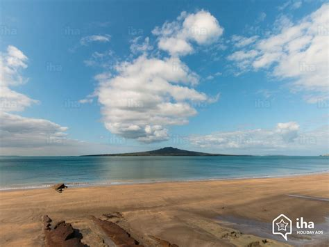 auckland region rentals on a boat for your vacations with iha - Boat Service Auckland