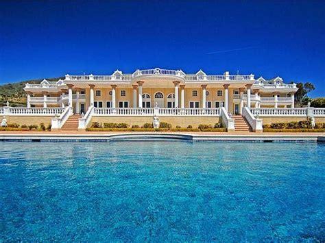 mansions in malibu the ultimate estate in malibu 21 500 000 pricey pads