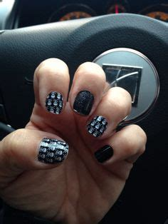 Bt8987 Black Rumbai Skull jamberry trushine gel skies and abalone nail lacquer my own jamberry