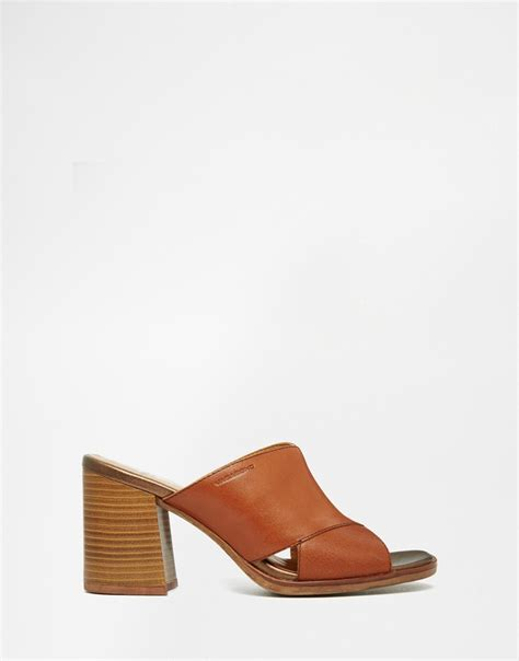 leather mule sandals vagabond lea leather heeled mule sandals in brown lyst