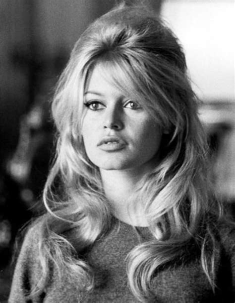 best ladies hairstyle for early 70 s best 25 70s hair ideas on pinterest 70s hairstyles 70s