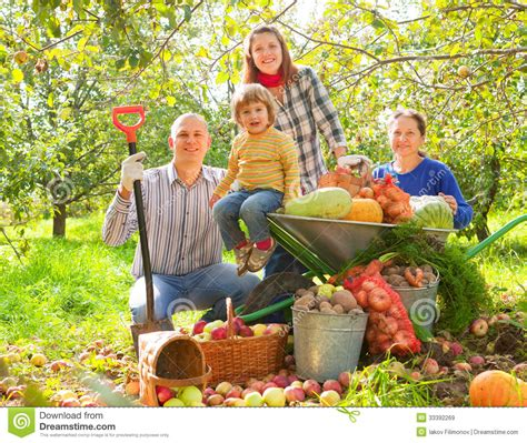 Happy Family With Harvest Royalty Free Stock Images Family Vegetable Garden