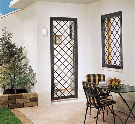 grate per finestre con persiane inferriate per finestre grate e inferriate apribili con