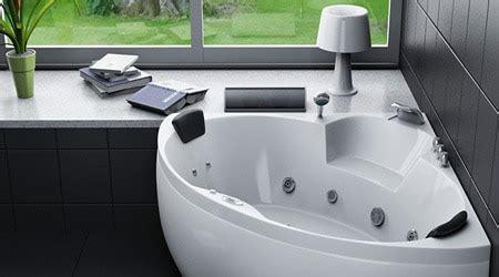 prix pose baignoire prix d une baignoire baln 233 o co 251 t moyen tarif de pose