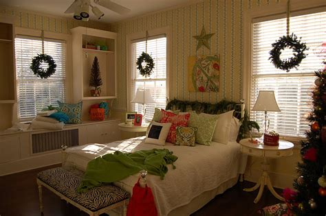 inside decorated homes decorate with wreaths inside