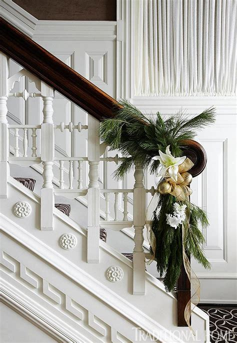 Feather By Amaryllis 40 gorgeous banister decorating ideas