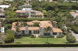 Trumps House by Ivana Trump S House Joins Growing List Of Pricey Palm