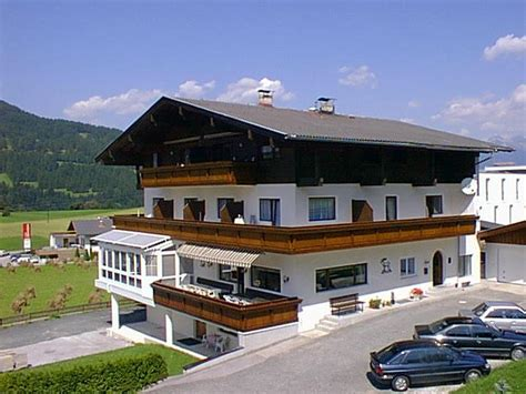 Haus Hubertus by Guesthouse Haus Hubertus Mieders Austria Booking