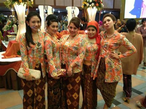 Wedding Budget 300 Juta by 5 Tradisi Wedding Yang Indonesia Banget Reesays