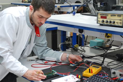 why study electronics and electrical engineering school of engineering