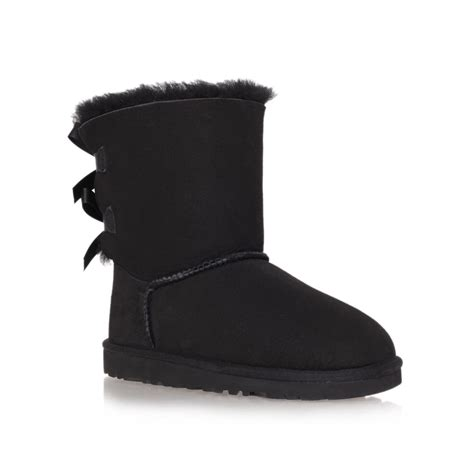 black bailey bow uggs boots