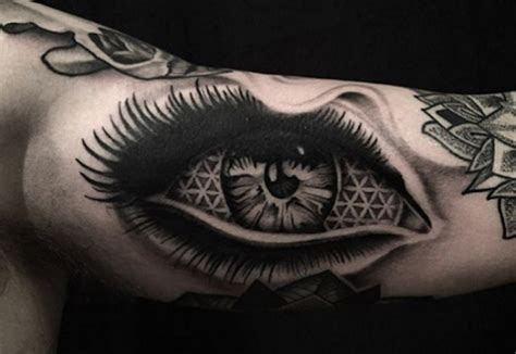best tattoo artists in illinois geometric artist chicago pertaining to