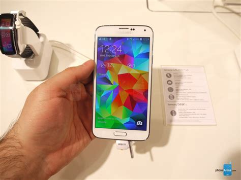 photos samsung s funky and check out the galaxy s5 in charcoal black shimmery white