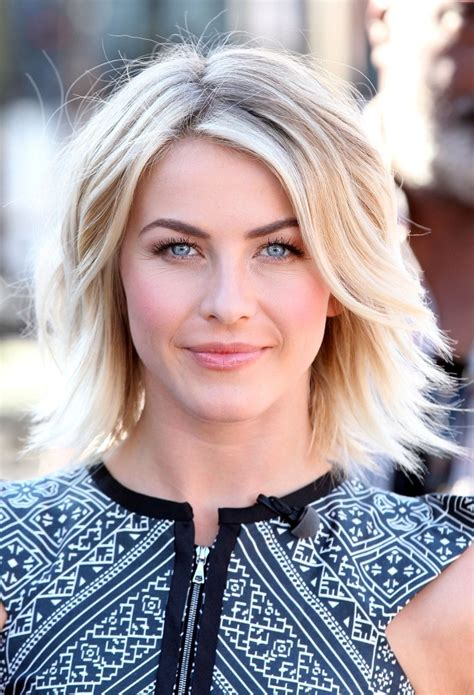 julianne hough long bob hair trend of the moment the wavy lob hair trend
