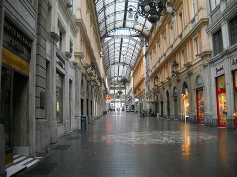 Shopping Genua by Indoor Mall Genoa Italy Picture Of City Sightseeing