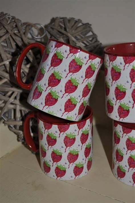 etsy the pattern repeat strawberry repeat pattern mug by muglovin on etsy https