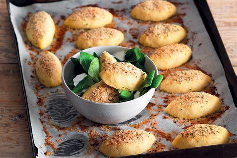 ricette di sedano rapa ricetta quenelle di baccal 224 e sedano rapa la cucina italiana