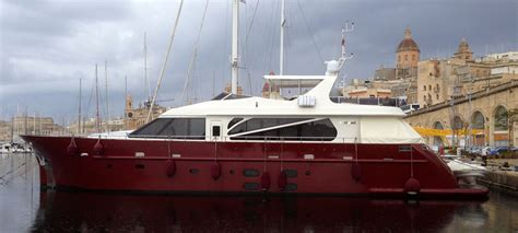 motor boat with living accommodation southern italy and sicily yacht charters aboard 27m motor