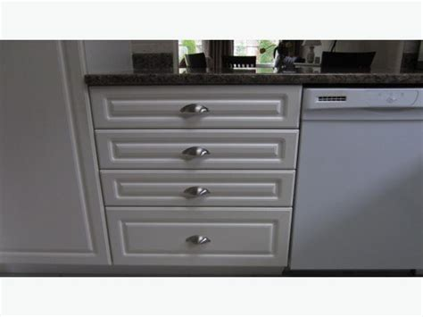 Kitchen Doors And Drawer Fronts by Kitchen Cupboard Door Fronts And Drawers Outside