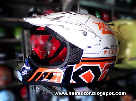 Helm Kyt Cross Orange Helm Kyt Cross Bintang Orange Helm Vespa