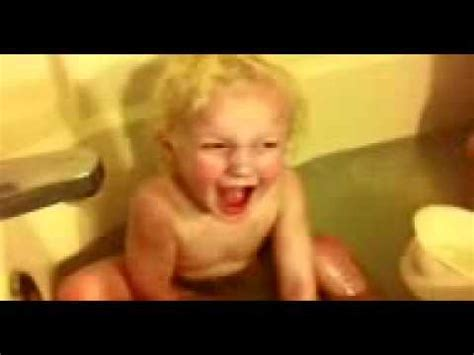 farting in the bathtub i ah quot burps from his butt quot farts in the bathtub youtube