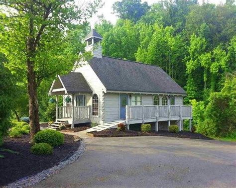 Wedding Bell Chapel Tn by New Location Picture Of Wedding Bell Chapel Pigeon