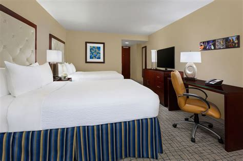 crowne plaza room prices crowne plaza times square manhattan 2017 room prices deals reviews expedia
