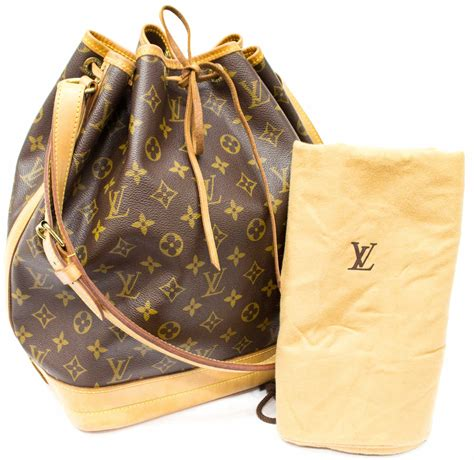louis vuitton noe gm monogram canvas bucket bag