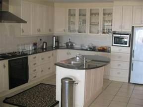 Built In Kitchen Cupboards Gabotse Kombuise