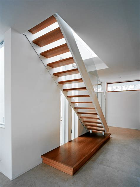 treppe stahlwange treppen berlin treppen mit glas und stahl treppenbau