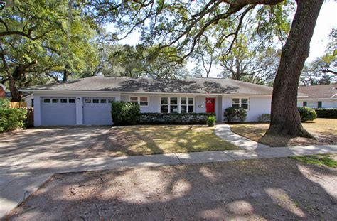 33 drive renovated ranch home near avondale