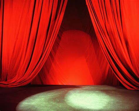 curtains spotlight author teresa geering under the spotlight
