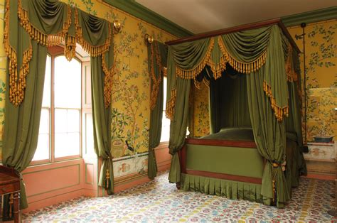 27 Fantastic Royal Bedroom Interior Rbservis Com Royal Bedroom Designs