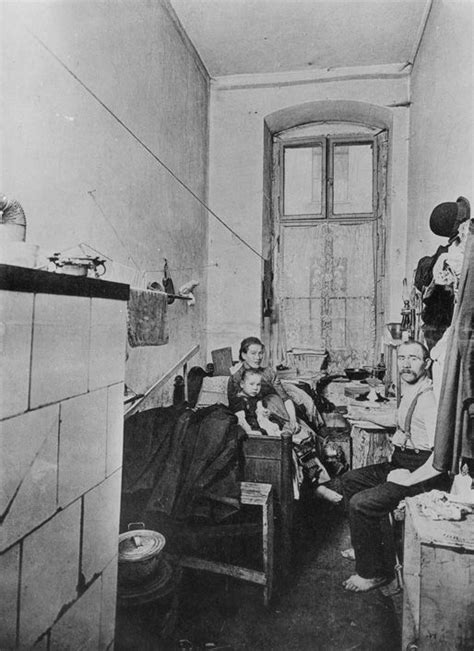 wohnung industrialisierung working class quarters 1910 individuals and entire