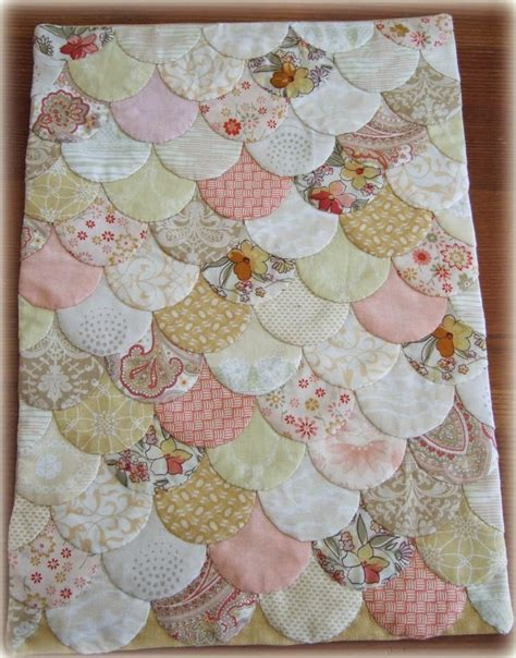 Clamshell Patchwork - 25 best ideas about clamshell quilt on baby