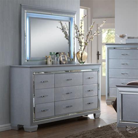 lillian bedroom furniture crown lillian dresser and mirror set with led backlight sol furniture dresser mirror
