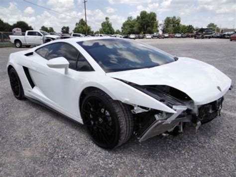 crashed lamborghini countach sell used salvage repairable wrecked rebuilder lp550 2