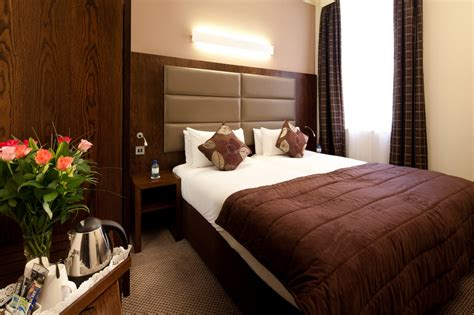 small hotel room mercure paddington hotel small bedroom free wifi