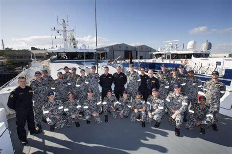australian border force boats navy bids farewell to cape byron navy daily