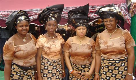 Aso ebi ? A Family Cloth   The Big Fat African Wedding