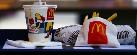 ab wann mcdonalds frühstück mega mcdonald s nimmt diesen burger dauerhaft ins sortiment