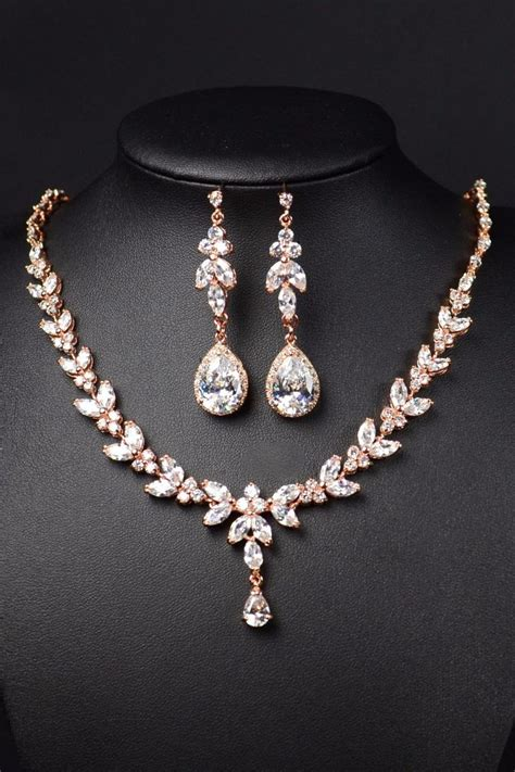 Wedding Jewelry Sets by Best 25 Wedding Jewelry Ideas On Gold