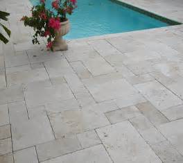 wonderful Dalle En Pierre Naturelle Pour Terrasse #5: BALZAC-carrelage-travertin-pierre-naturelle-exterieur-CREME-zoom.png