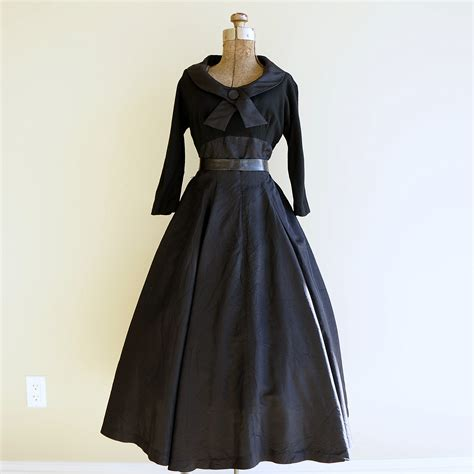 8 Stunning Vintage Dresses by Black Cocktail Dress Stunning 1950s New Look Dress Retruly