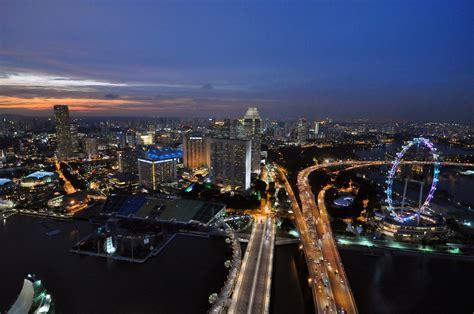boat financing singapore קובץ 1 marina sands skypark night view 2010 jpg ויקיפדיה