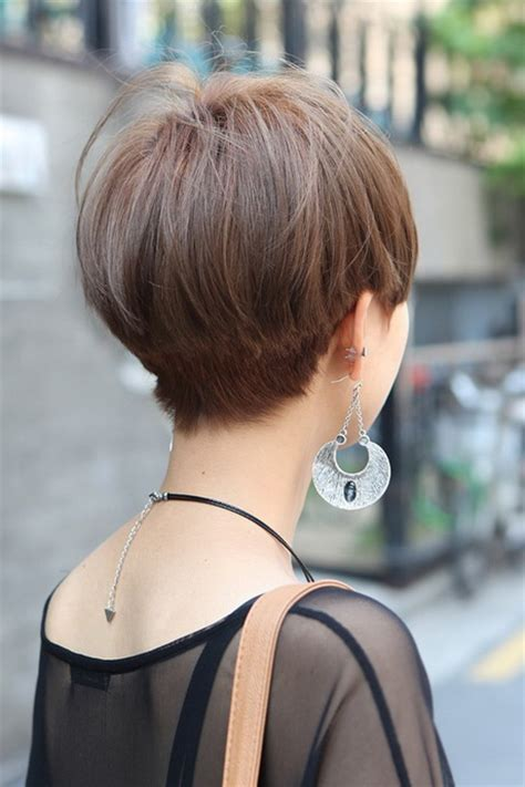 backside of short haircuts pics back view of short hairstyles for women